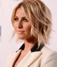 Quelle nouvelle coupe de cheveux adoptée pour la rentrée? Retrouvez tous les conseils mode et beauté d'une vraie conseillère en image et relooking